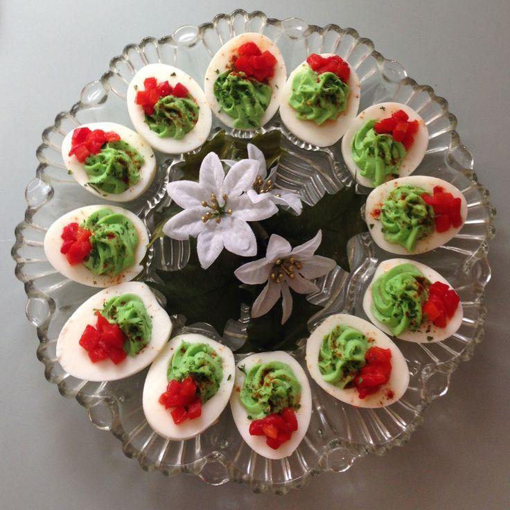 festive holiday deviled eggs 33840ef319b8ca63e5783d9c5af0d47c - Christmas Deviled Eggs