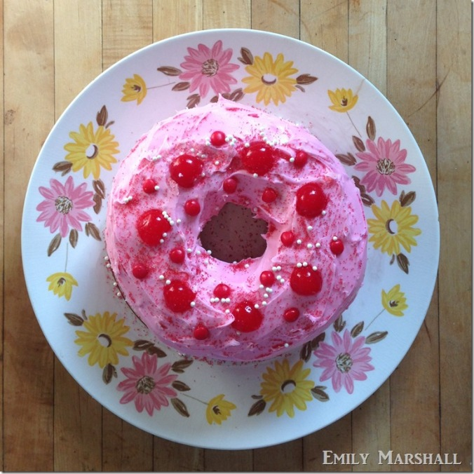 frosted-angel-food-cake_thumb